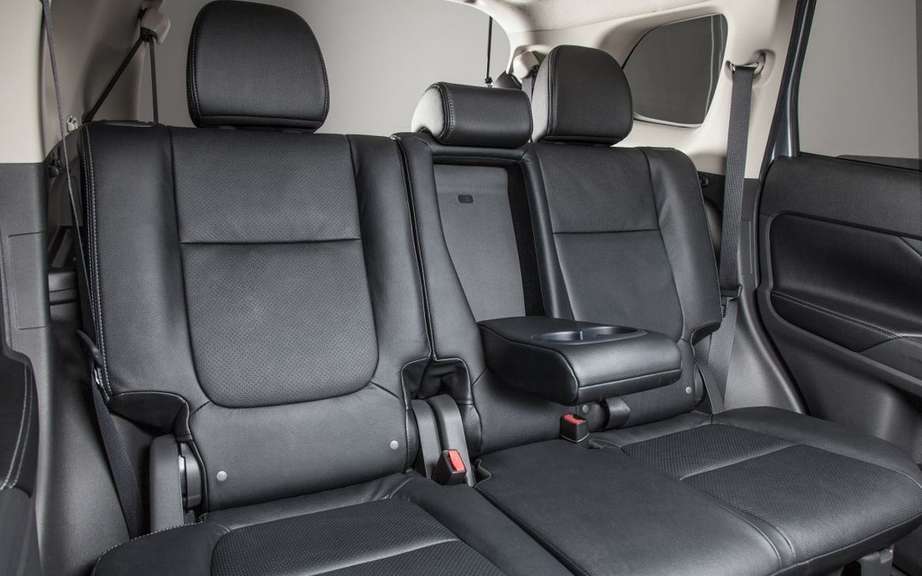 Mitsubishi Outlander 2014 from $ 25,998 picture #10