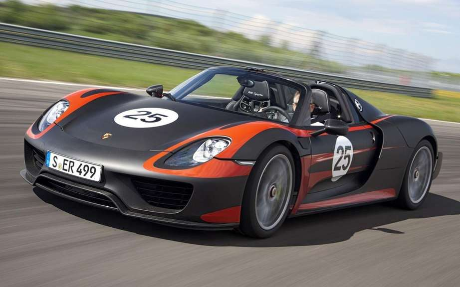 Porsche 918 Spyder HAS Produced 918 copies picture #5