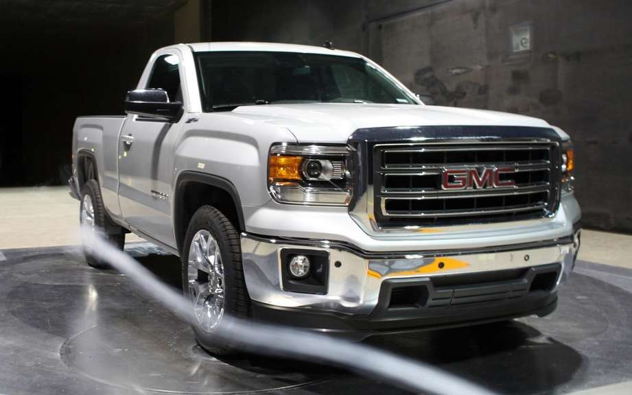 GMC Sierra 2014 Regular Cab tunnel picture #4