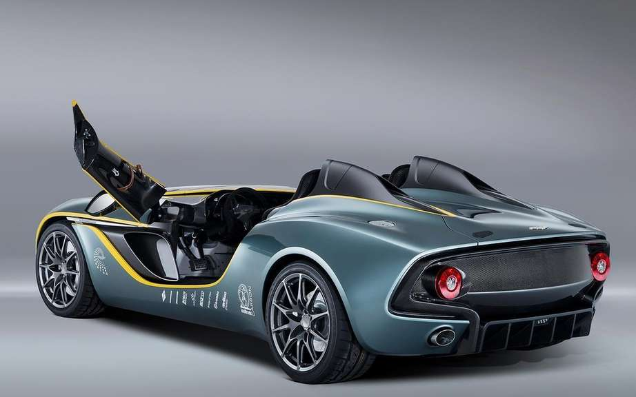 Aston Martin CC100 Speedster Concept: a tribute to the DBR1 picture #4