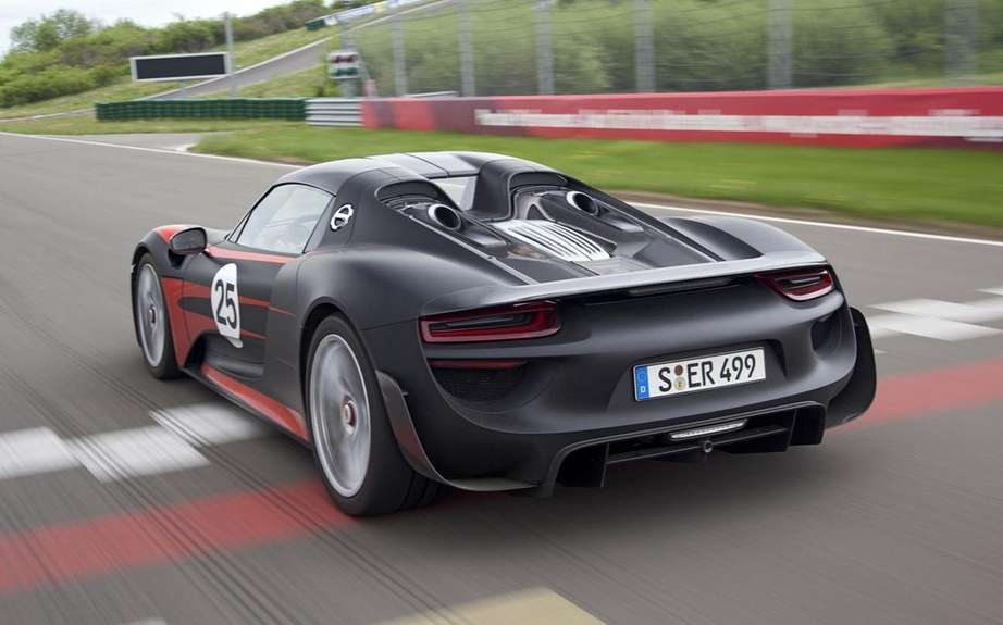 Porsche 918 Spyder HAS Produced 918 copies picture #9