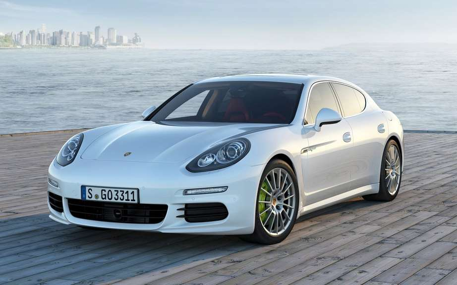 Porsche Will offer more hybrid vehicles picture #2