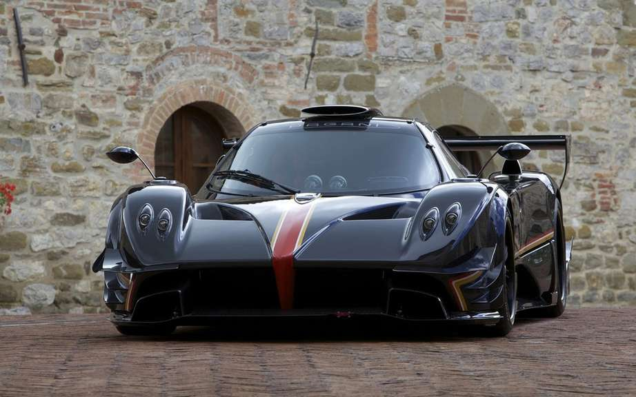 Pagani Zonda Revolucion conceived for track picture #2