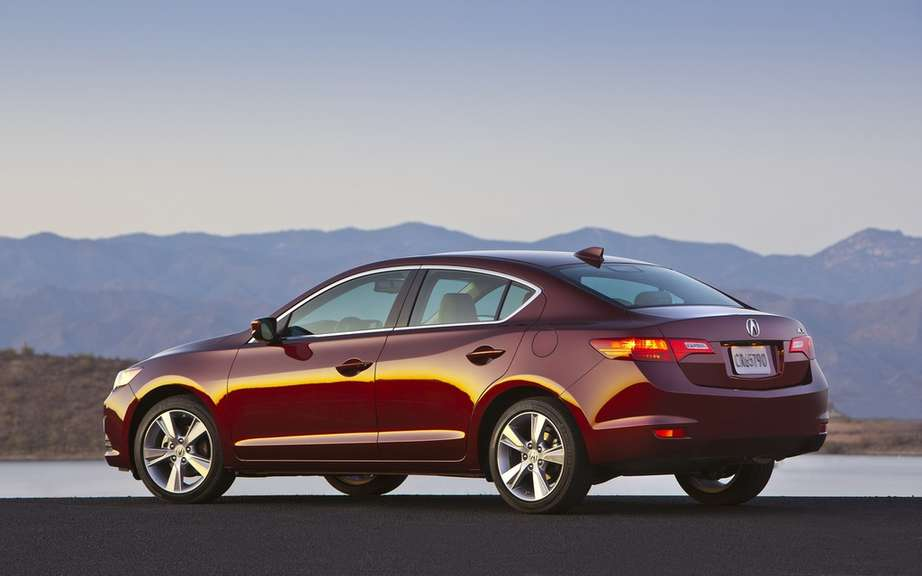 Acura ILX 2014 increasingly generous picture #2