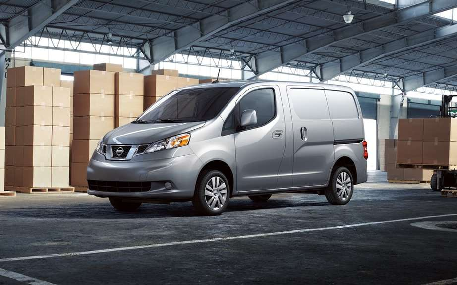 City Chevrolet Express with the DNA of Nissan NV200 picture #4