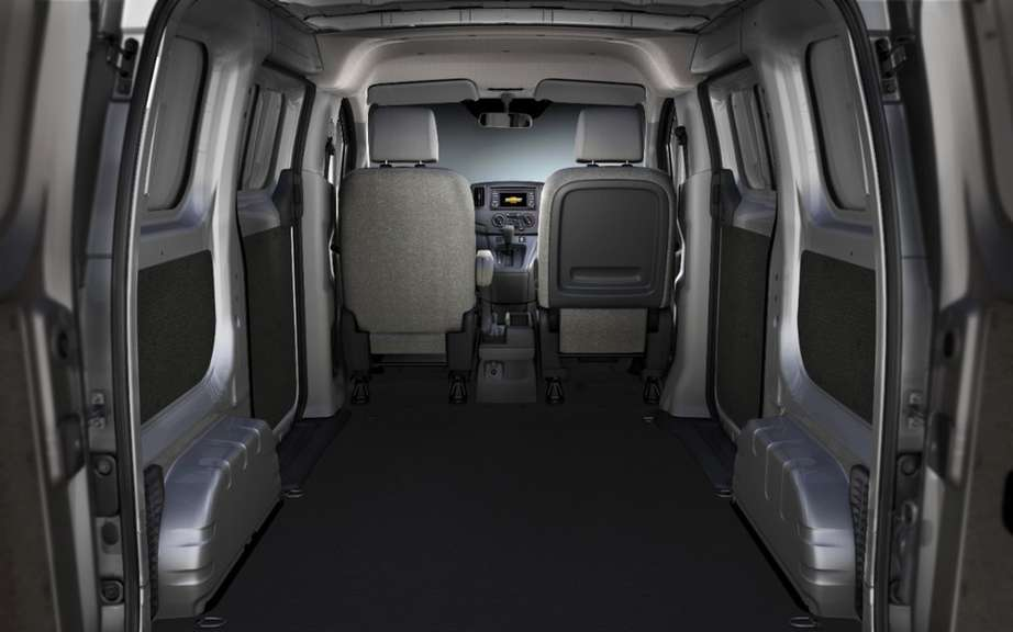 City Chevrolet Express with the DNA of Nissan NV200 picture #6