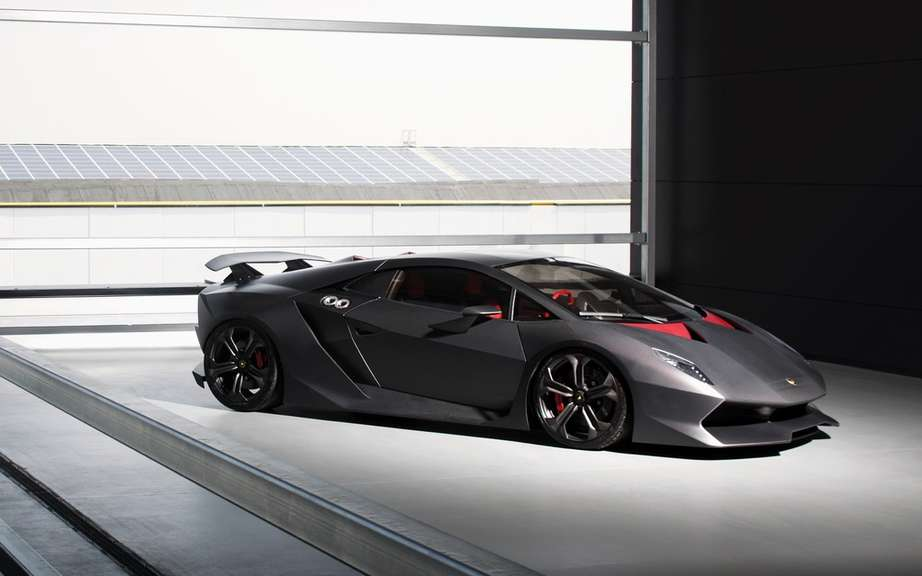 Lamborghini seems Pressed has develop a hybrid powertrain picture #1