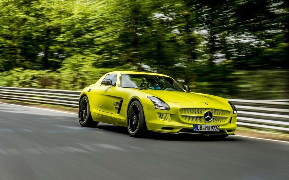 Mercedes-Benz SLS AMG Electric Drive: Champion Nurburgring picture #4