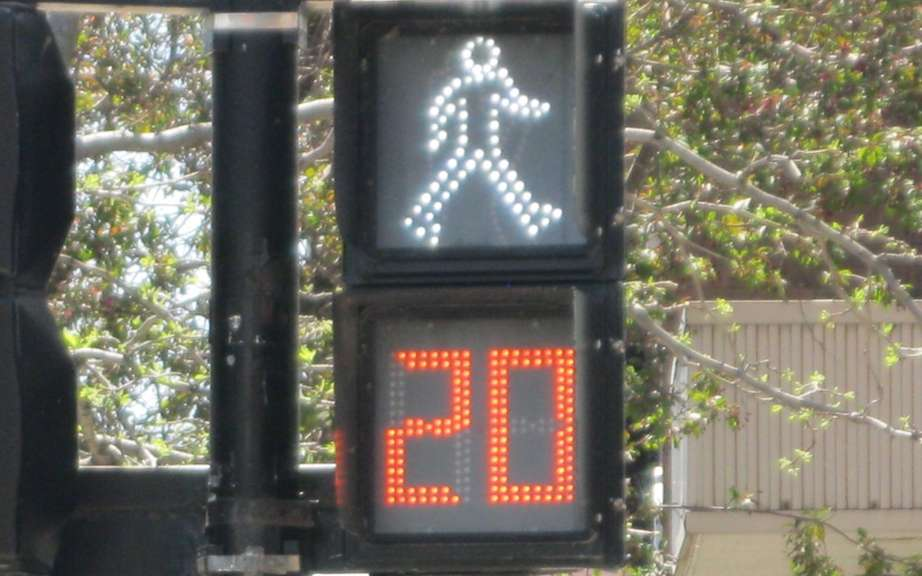 Some 270,000 pedestrians killed each year in the world picture #2