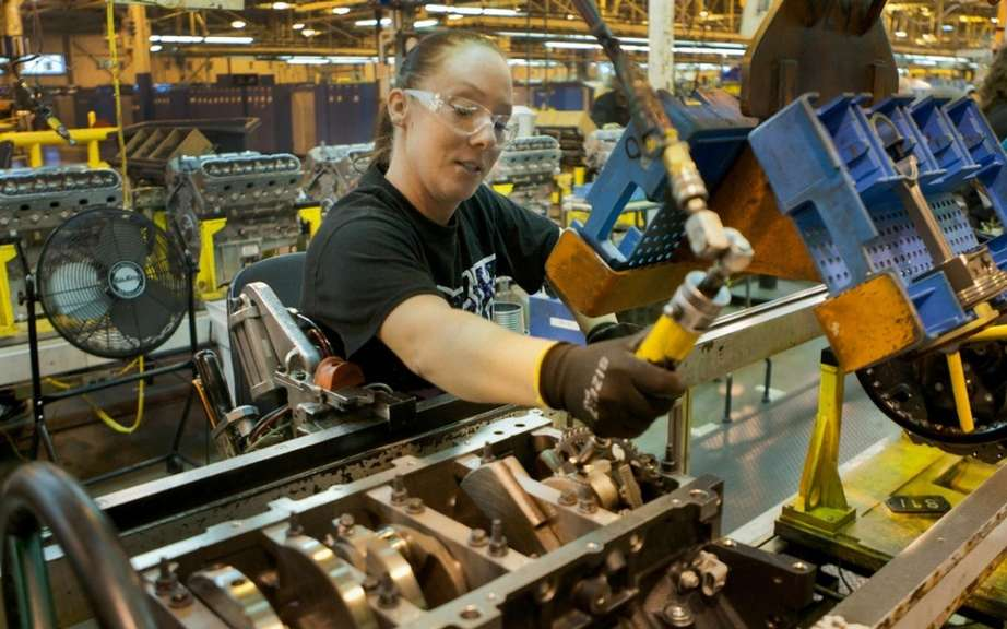 GM will walk 560 employees time to renovate a factory near Detroit picture #1
