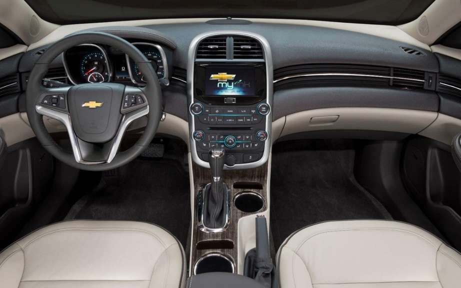 Chevrolet Malibu 2014 more generous and less energy picture #4