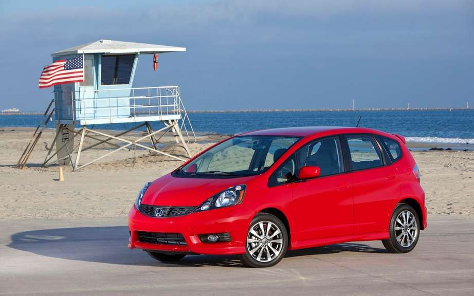 Honda Canada announces recall 2000 Fit Sport 2012/2013 picture #3