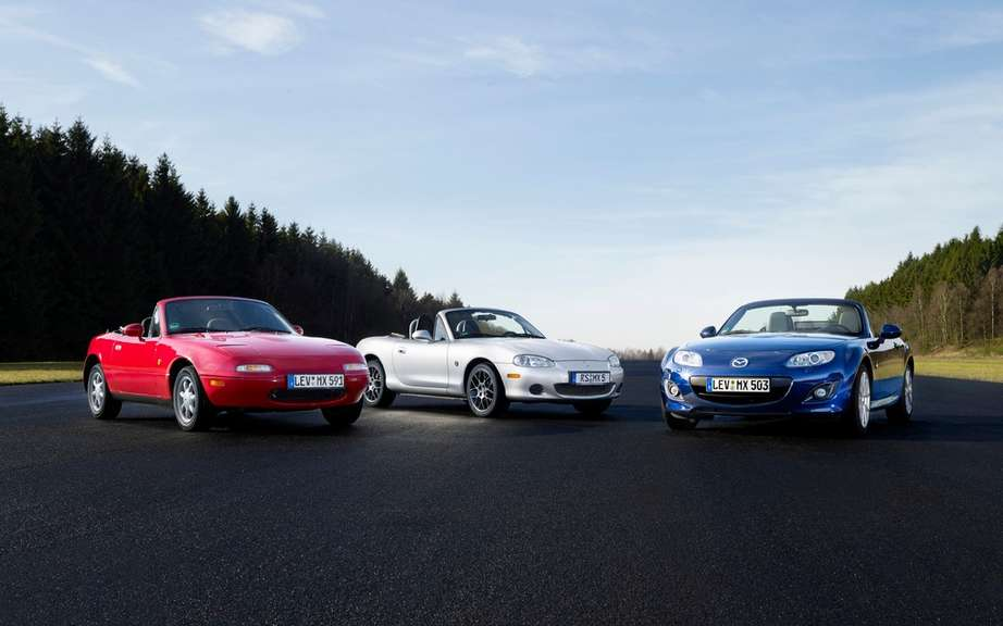 Mazda MX-5: 25 years later picture #6