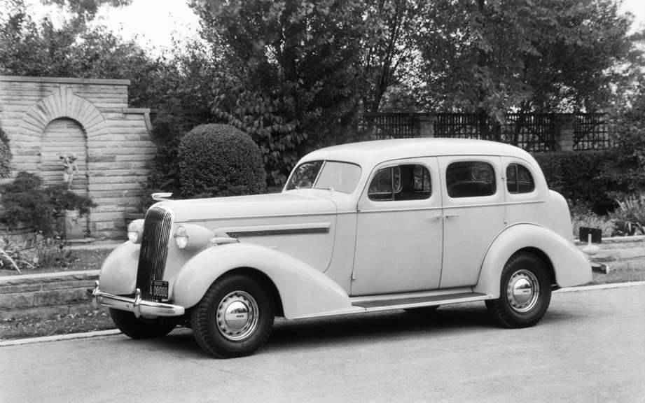 Buick has its way commemorates its 110th anniversary picture #3