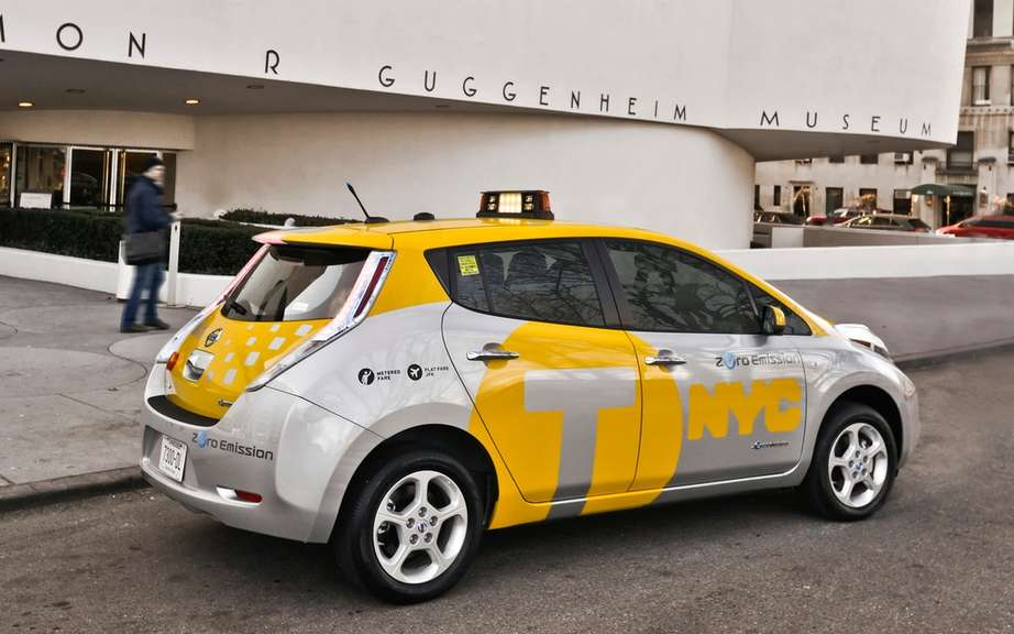 Nissan LEAF: six cars taxis for the City of New York picture #4