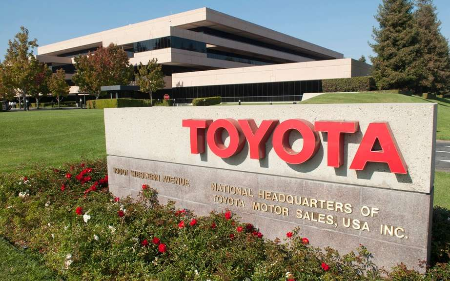 Toyota keeps the world leader in sales picture #1