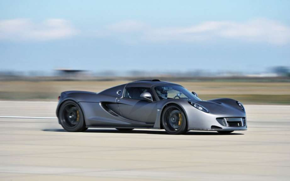 Hennessey Venom GT: as fast as a Bugatti picture #7