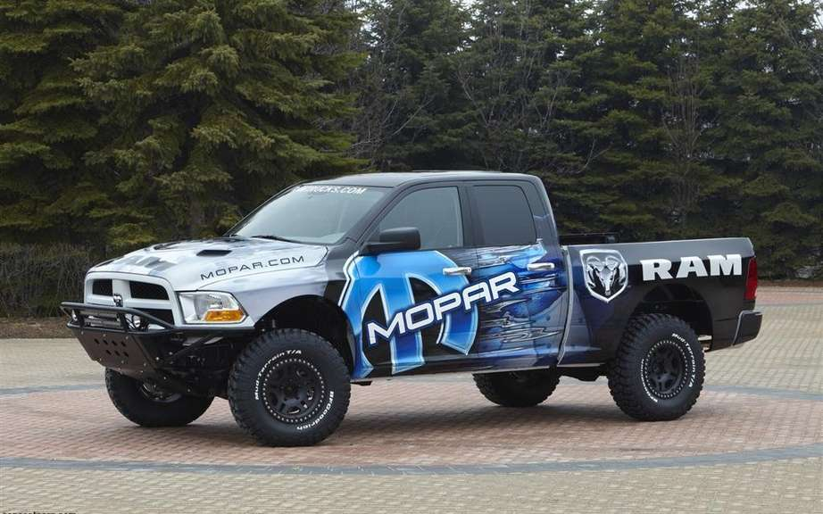 Ford presents its F-150 SVT Raptor Special Edition 2014 picture #3