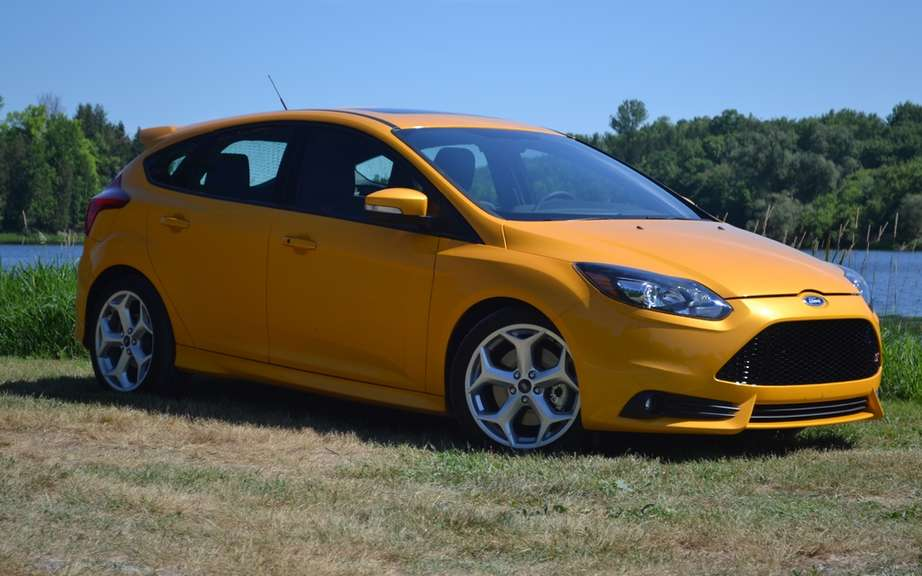 Ford Focus: the top-selling car in 2012 picture #4