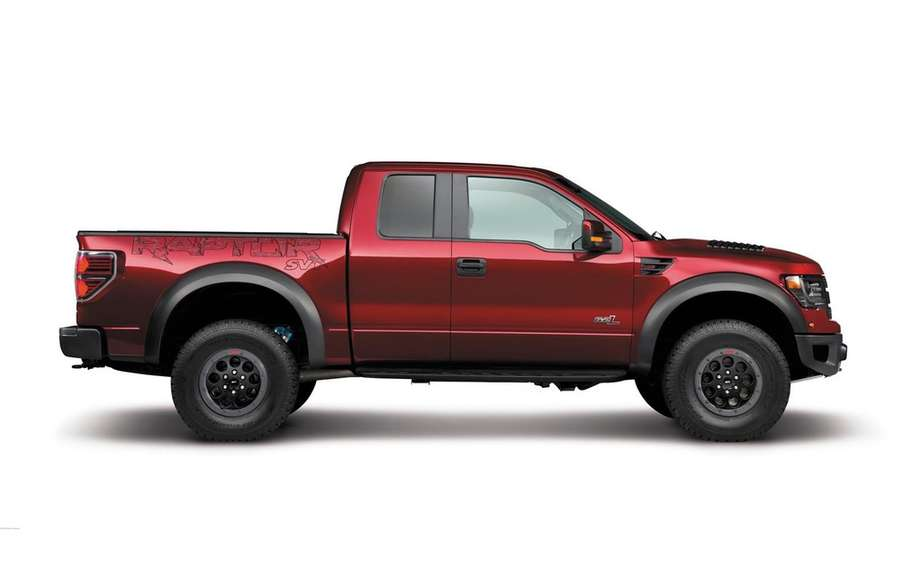 Ford presents its F-150 SVT Raptor Special Edition 2014 picture #9