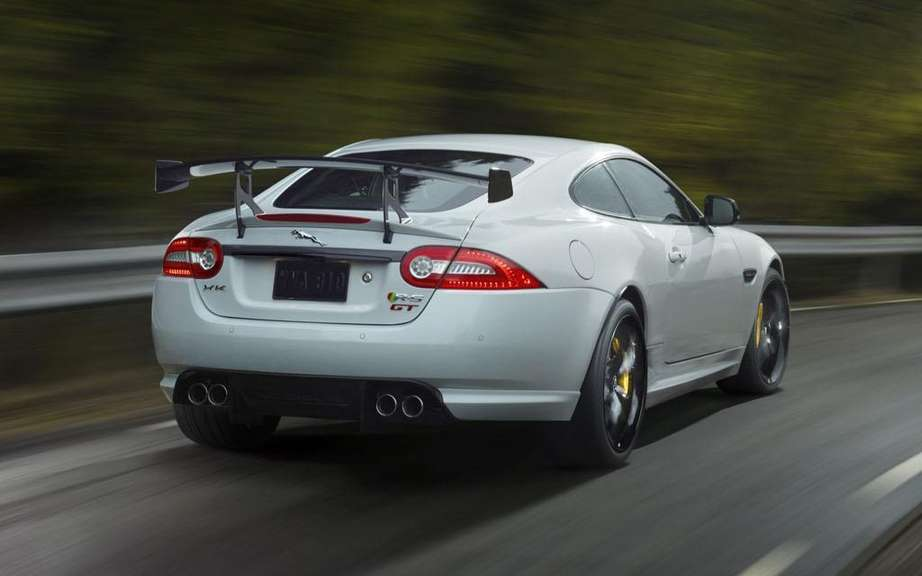 Jaguar XKR-S GT: reserved to North American market picture #4
