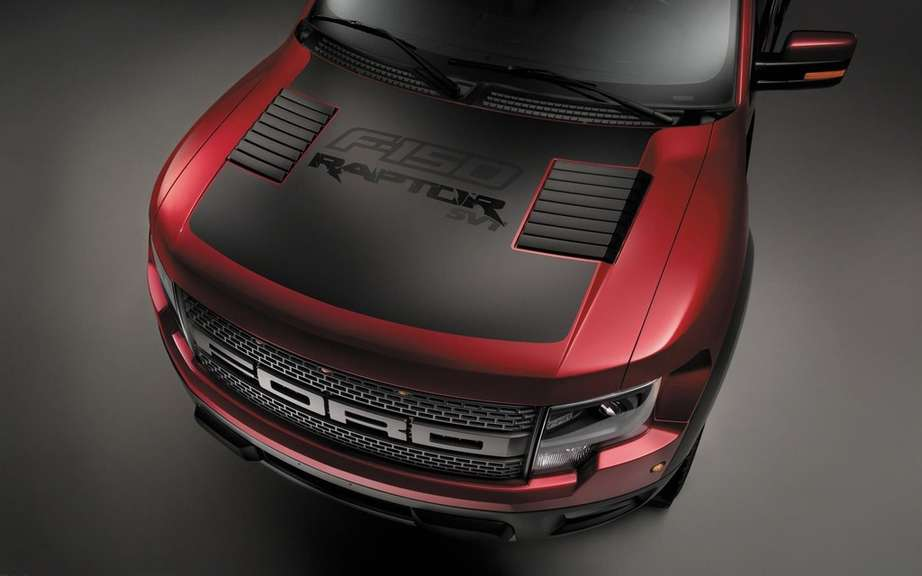 Ford presents its F-150 SVT Raptor Special Edition 2014 picture #10