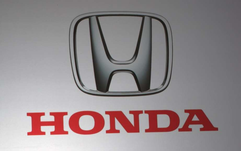 Honda Canada: Sales in March picture #8