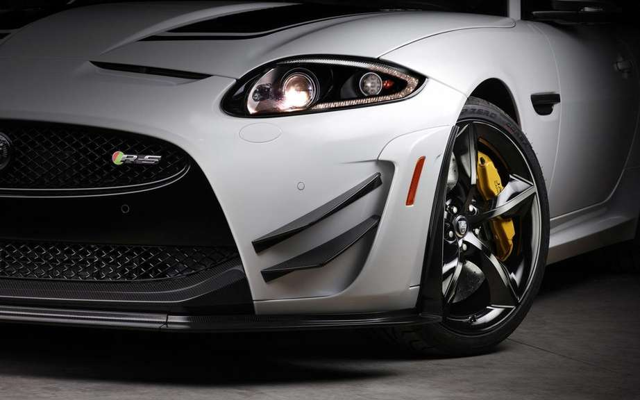 Jaguar XKR-S GT: reserved to North American market picture #7