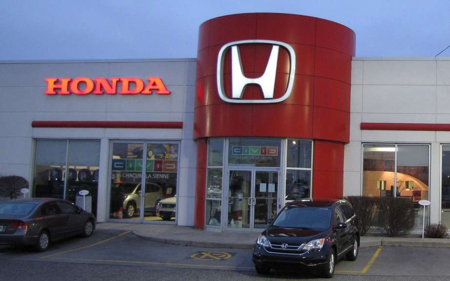 Honda Canada: Sales in March picture #10