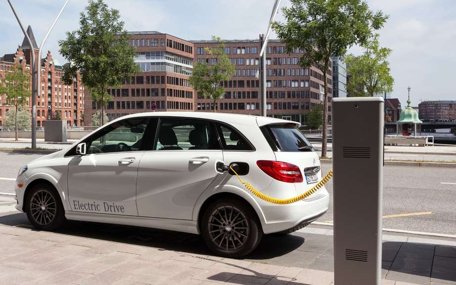 Mercedes-Benz B-Class electric: Sold in America picture #2