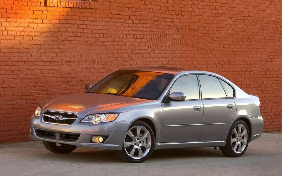 Subaru recalls 200,000 Legacy and Outback picture #1