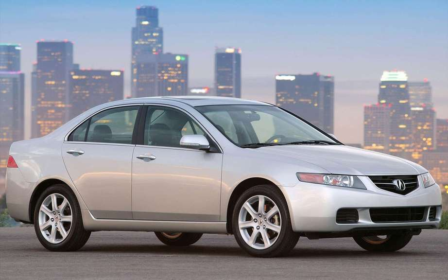 Acura TSX recalls its models from 2004 to 2008