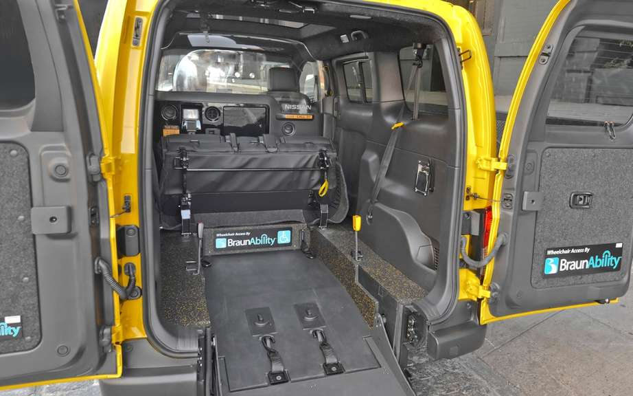 Nissan NV200 Taxi adapted for wheelchairs picture #6