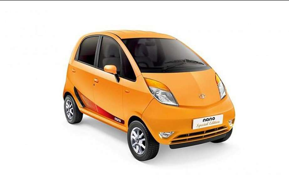 Tata Nano Special Edition purchased by credit card picture #2