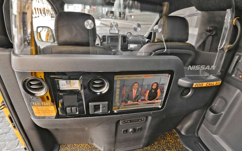 Nissan NV200 Taxi adapted for wheelchairs picture #7