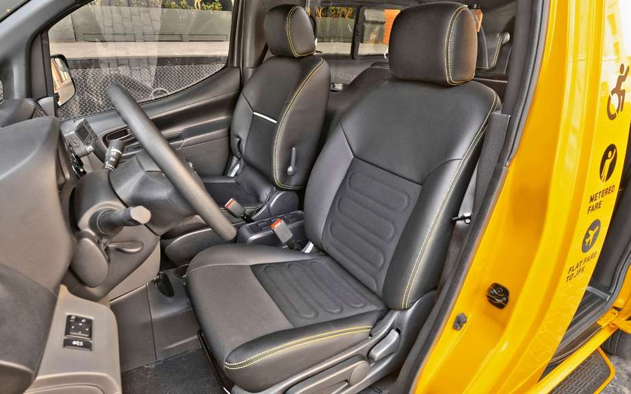 Nissan NV200 Taxi adapted for wheelchairs picture #8