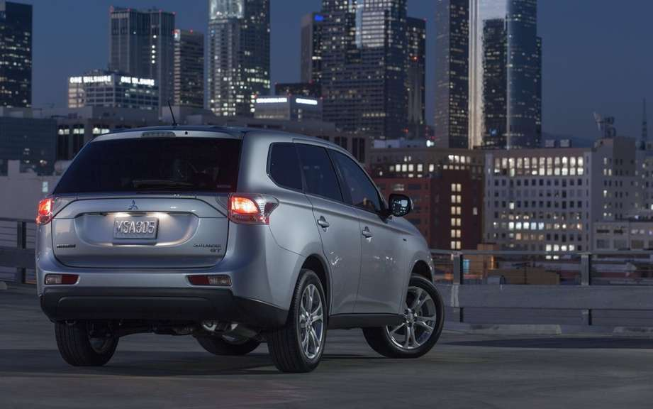 Mitsubishi Outlander 2014, more than three months wait! picture #4