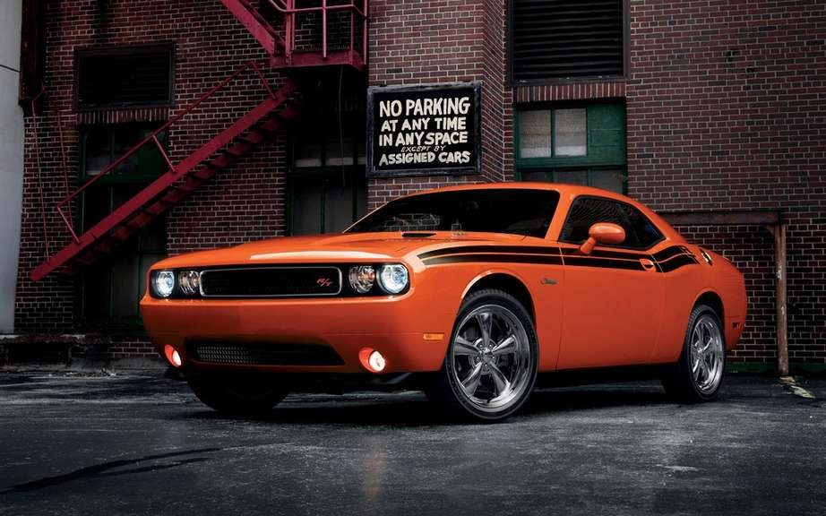 Chrysler recalls 2500 Challenger that could ignite