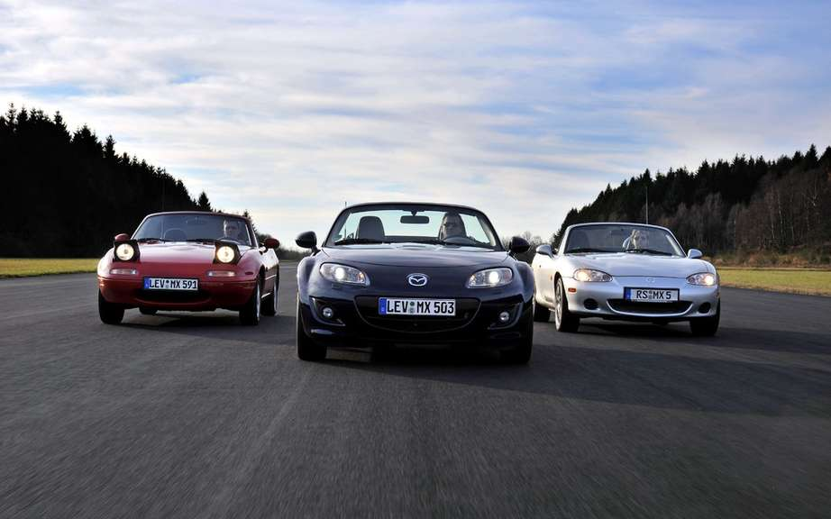 Mazda MX-5: 25 years later picture #7