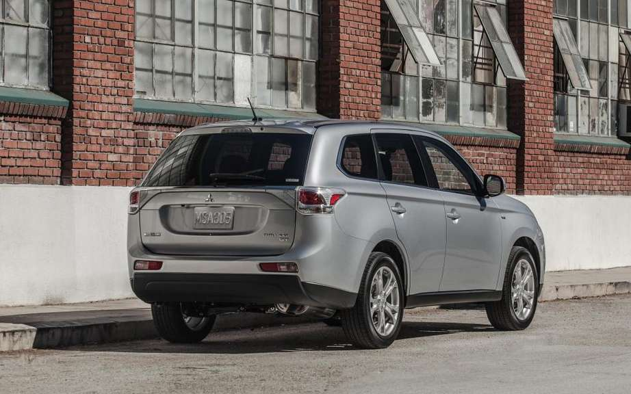 Mitsubishi Outlander 2014, more than three months wait! picture #6