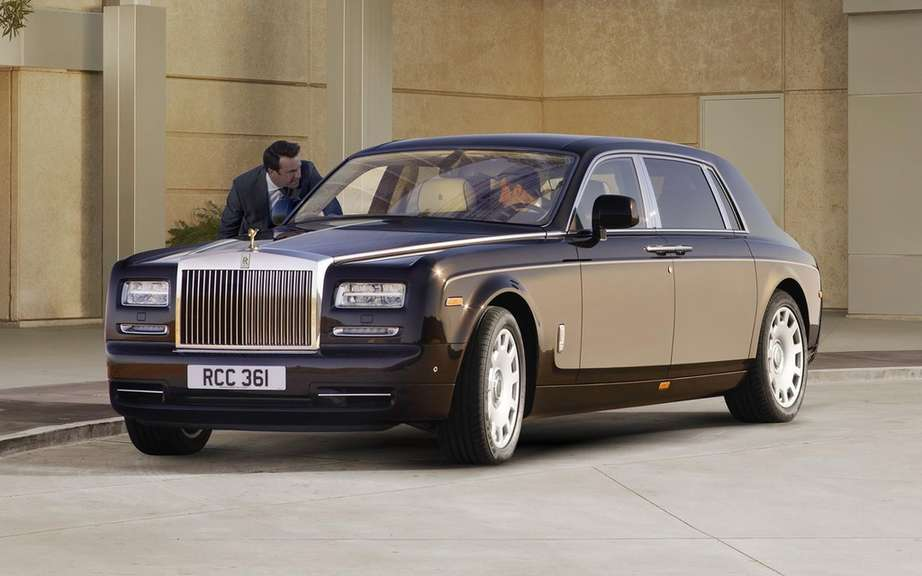Rolls Royce Phantom recalls its majestic picture #1