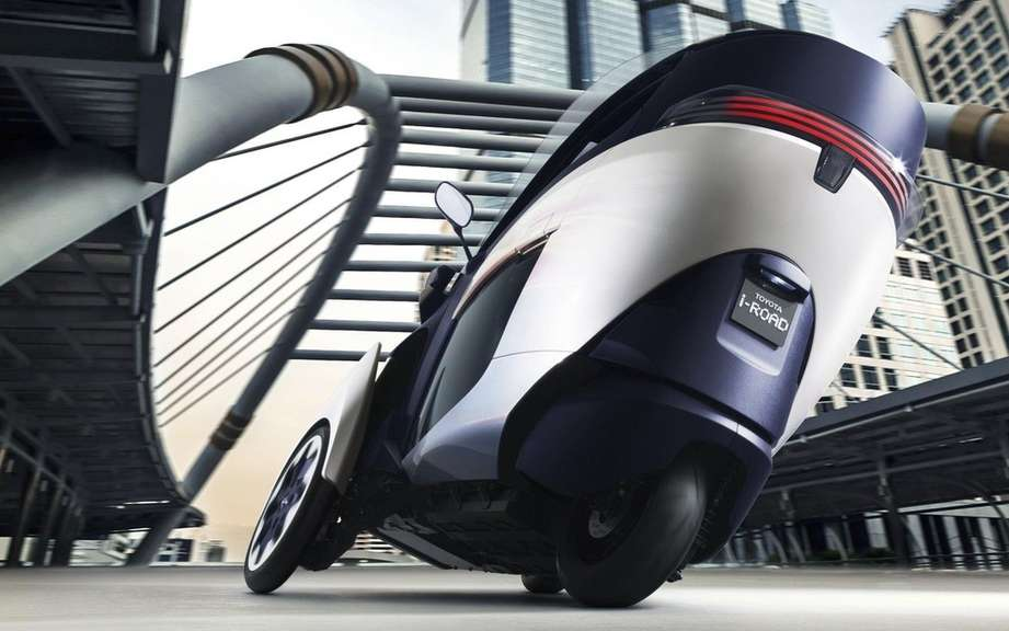 Toyota i-Road Concept: urban vehicle of choice picture #5