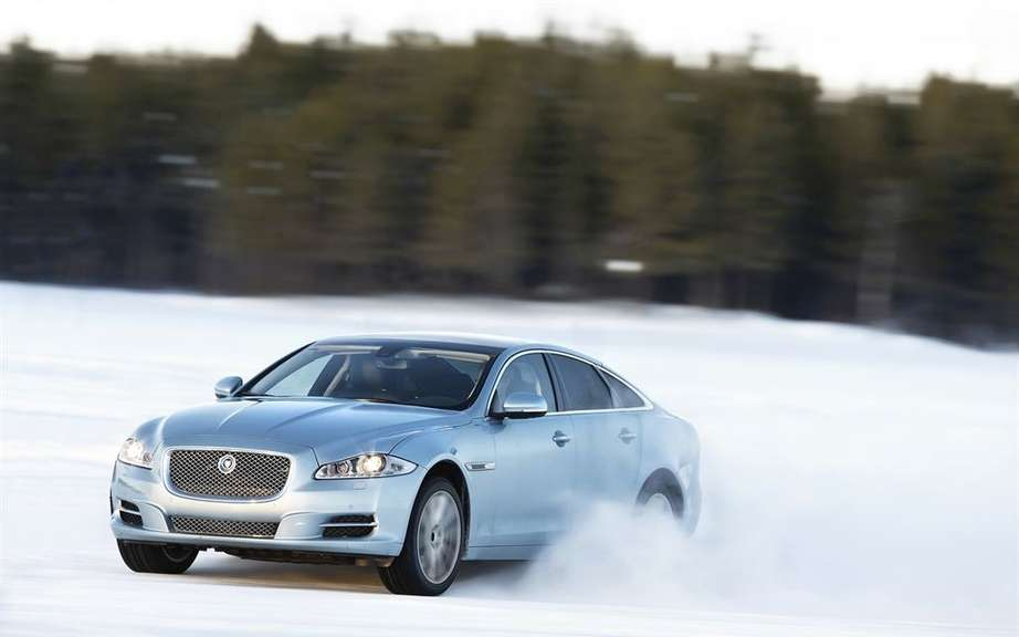 Jaguar Canada announces pricing AWD XJ and XKR-S Coupe picture #1