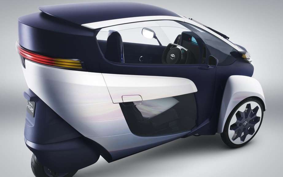 Toyota i-Road Concept: urban vehicle of choice picture #7