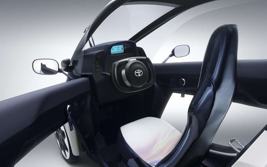 Toyota i-Road Concept: urban vehicle of choice picture #8