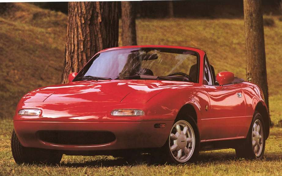 Mazda MX-5: 25 years later picture #8