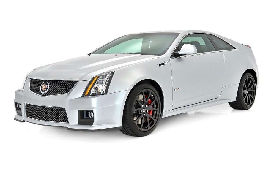 Cadillac CTS offered more colorful versions picture #2