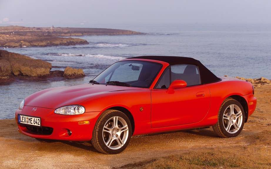 Mazda MX-5: 25 years later picture #9