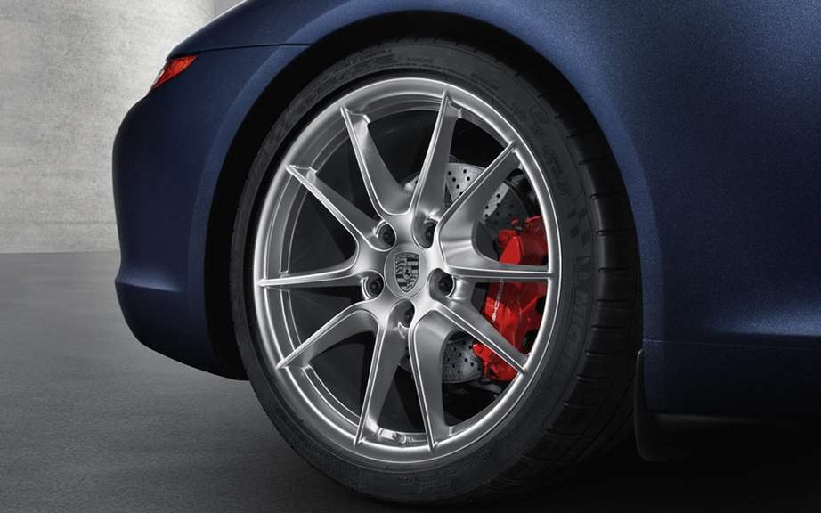 Porsche 911 Carrera S 2013: the best design of the year picture #4