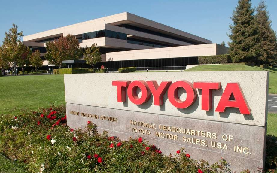 A strong increase of 23 per cent of net profit at Toyota picture #2